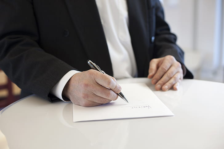 5 Things To Note About Commercial Contracts In Vietnam