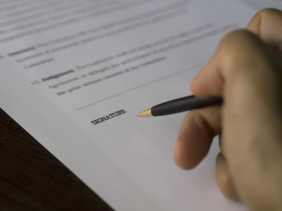 Drafting And Consulting Commercial Contracts Service In Vietnam