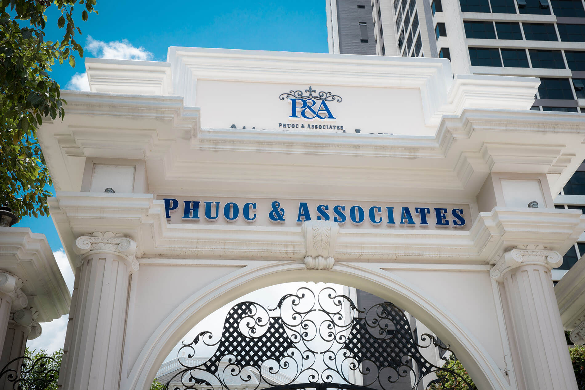How to build impressive domestic law firms in Vietnam?